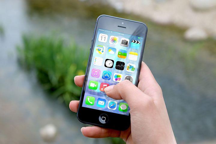 15 πράγματα που κάνει το κινητό σου και δεν είχες ιδέα ότι μπορεί να τα κάνει (vid)
