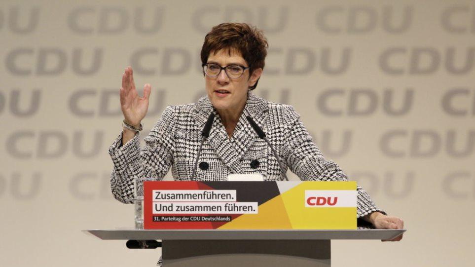 Γερμανία: Δεν αποκλείει το κλείσιμο των συνόρων σε περίπτωση νέας προσφυγικής κρίσης