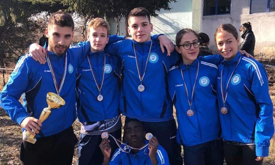 Σάρωσαν τα μετάλλια οι Έλληνες πρωταθλητές στη Βουλγαρία