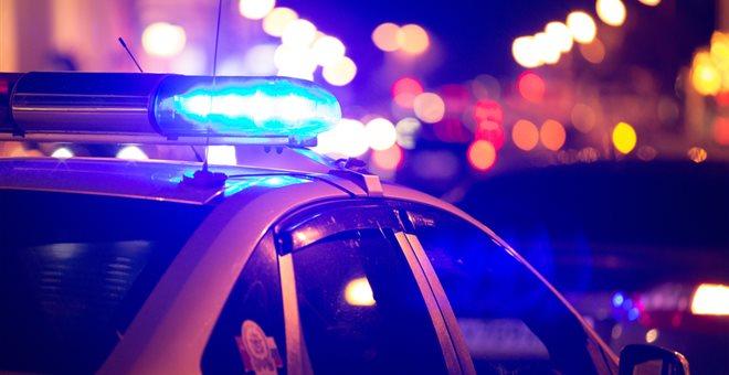 Καταδίωξη και μάχη αστυνομικών με διαρρήκτες στο Κερατσίνι