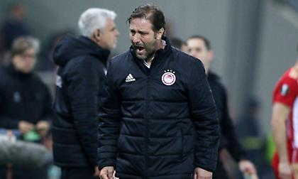 Νικολακόπουλος: «Αν είναι υπό πίεση ο Ολυμπιακός στο +5, η ΑΕΚ τι πρέπει να είναι;»