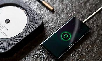 Αυτό είναι το πρώτο κινητό χωρίς θύρες, τρύπες και κουμπιά – Δείτε πώς λειτουργεί