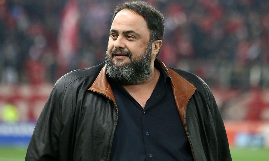 Συνεχάρη τους παίκτες του Ολυμπιακού ο Μαρινάκης