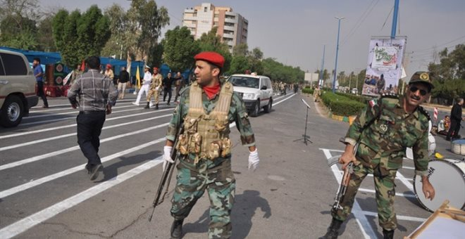 Τέσσερις στρατιώτες κι ένας πολίτης νεκροί από ανταλλαγή πυρών στο Κασμίρ