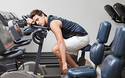 Κακές συνήθειες στον ύπνο που «καταστρέφουν» την προπόνησή σας!