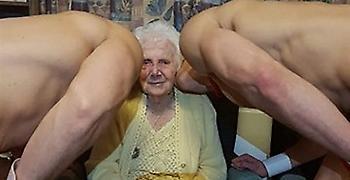 Σούπερ (άτακτη) γιαγιά γιόρτασε τα 100στα της γενέθλια με γυμνούς «μπάτλερ»