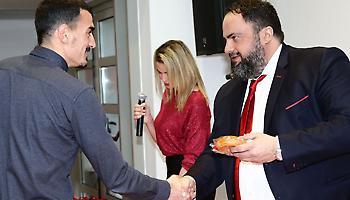 Δεν είναι μόνο το συμβόλαιο: Έτσι «φτιάχνει» ο Μαρινάκης τον Λάζαρο!
