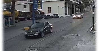Το βίντεο της καταδίωξης αυτοκινήτου που μετέφερε ναρκωτικά στην Αμφιλοχία