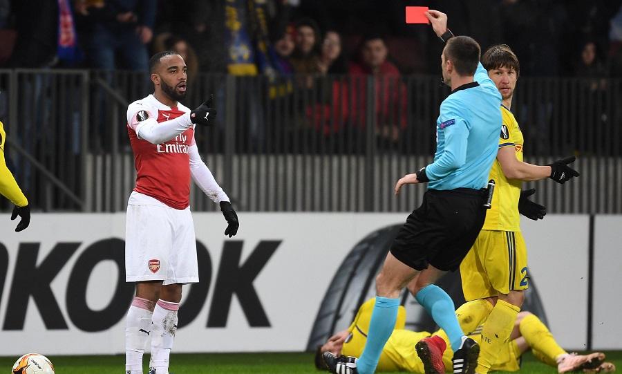 Δύο αγωνιστικές στον Λακαζέτ από την UEFA