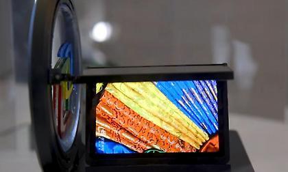 Αναδιπλούμενες συσκευές: Κινητά και τηλεοράσεις τυλίγονται σαν μία κόλλα χαρτί (vids)