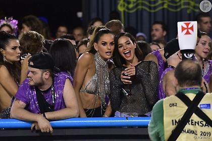 Η πρώην του Νεϊμάρ και η… νυν του Τραπ ξεσήκωσαν το καρναβάλι στο Ρίο (pics)