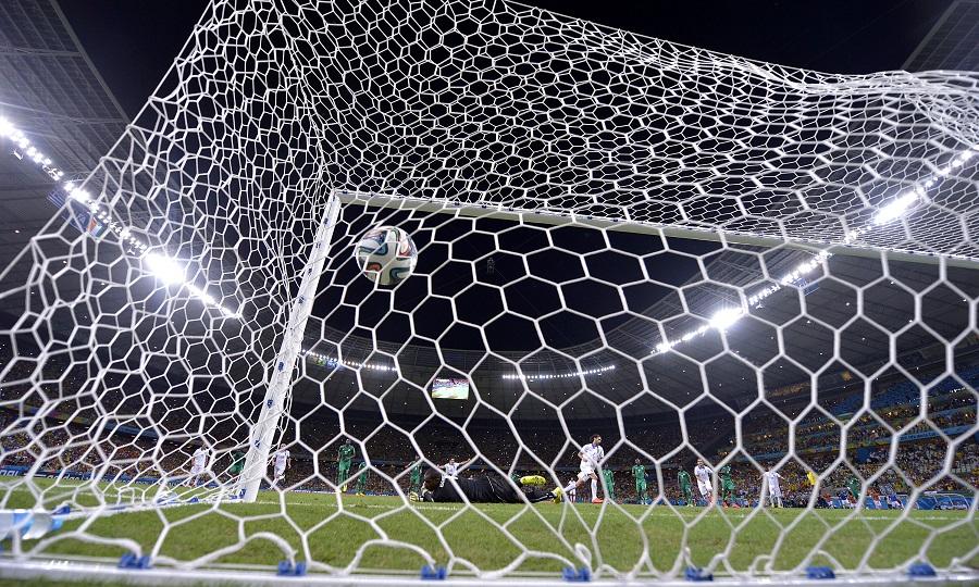 Περισσότερη μπάλα, σημαίνει περισσότερο ποδόσφαιρο;