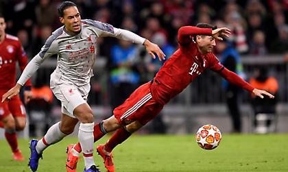 Οι Άγγλοι παίζουν ποδόσφαιρο σε άλλη ταχύτητα
