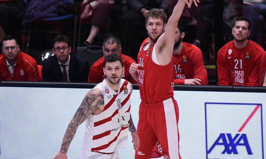 Βεζένκοβ στον ΣΠΟΡ FM: «Παίξαμε κακό μπάσκετ και τώρα αρχίζουν τα δύσκολα»