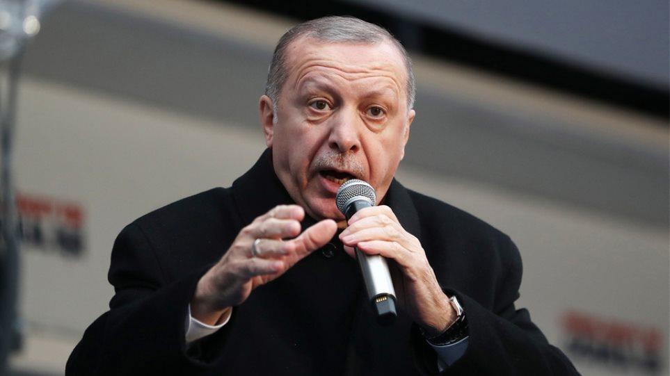 Ερντογάν για θανατική ποινή: Με πειράζει να ταΐζουμε μια ζωή τους πραξικοπηματίες