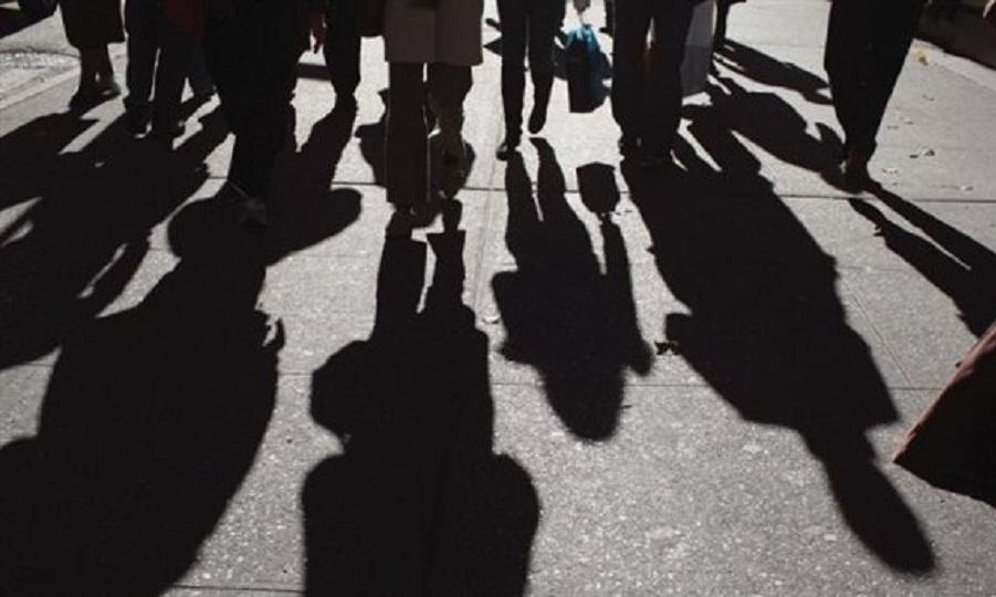 ΟΟΣΑ: Οι Έλληνες φοβούνται για τις δαπάνες και την οικονομική ασφάλεια τους