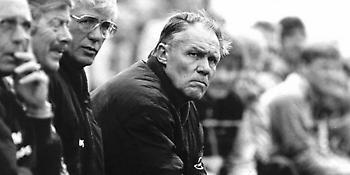 Ρίνους Μίχελς: Ο «Στρατηγός» που είδε αλλιώς το ποδόσφαιρο και άλλαξε τα πάντα