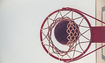 Έλληνας μπασκετμπολίστας νίκησε τον καρκίνο και αφιερώθηκε στον Θεό