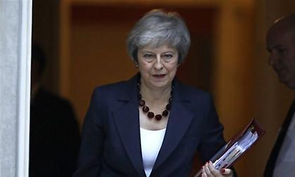 Διάγγελμα Μέι για το Brexit με επίθεση κατά των βουλευτών