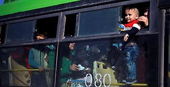 Σύροι πρόσφυγες επιστρέφουν στην πατρίδα μετά την ξενιτιά