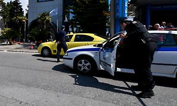 Έγκλημα στο Ελληνικό: Μαρτυρία ταξιτζή – «Μπήκε μέσα και έλεγε με σκότωσε»