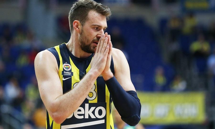 Ομπράντοβιτς: «Είχαμε προβλήματα με Σλούκα, Βέσελι, Ντατόμε και προέκυψε του Γκούντουριτς»