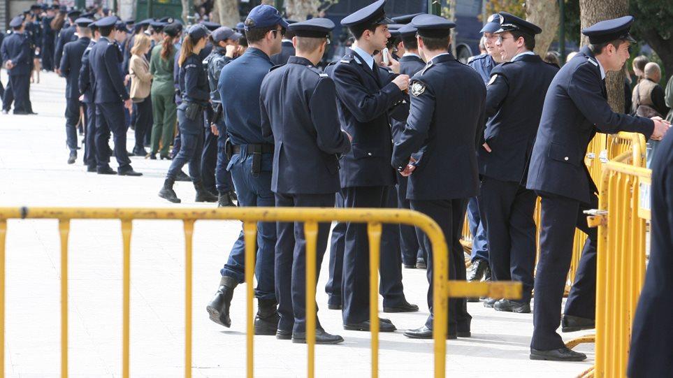 Με 1.500 αστυνομικούς η στρατιωτική παρέλαση στην Αθήνα - «Κλοιός» γύρω από τους επισήμους