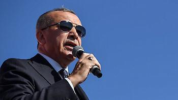 Νέα πρόκληση Ερντογάν: Μπορεί να πούμε την Αγία Σοφία τζαμί, αντί για μουσείο!