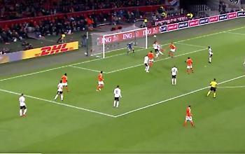 Βάζει ξανά την Ολλανδία στο... κόλπο ο Ντε Λιχτ! (video)