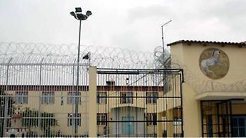 Συμπλοκές με έναν τραυματία στις φυλακές Λάρισας