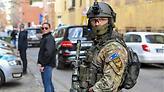 Ερωτηματικά μετά τη σύλληψη του τζιχαντιστή εκτελεστή που είχε περάσει ως «πρόσφυγας» από Ελλάδα