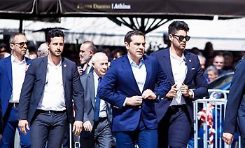 Τσίπρας και Παυλόπουλος στην κηδεία του Θανάση Γιαννακόπουλου (pics)