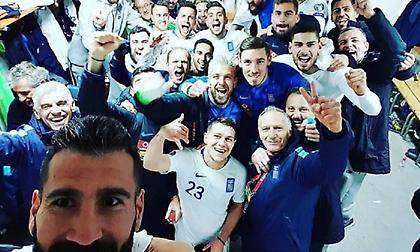 Η πανηγυρική selfie των Ελλήνων διεθνών στη Ζένιτσα