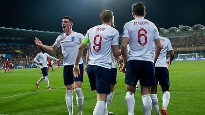 Από το '84 είχε να σκοράρει 5+ φορές σε διαδοχικά ματς η Αγγλία! (vids)