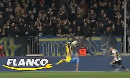 Απίθανο γκολ με ανάποδο ψαλίδι στη Ρουμανία (video)