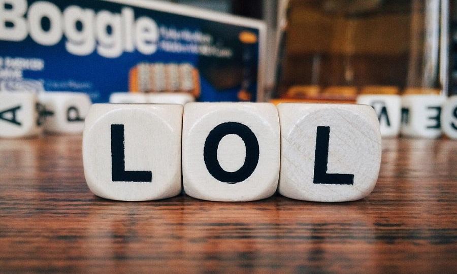 Πως λένε… LOL σε διάφορες χώρες του κόσμου!