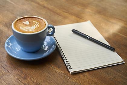 Δείτε τι συμβαίνει στο σώμα μας όταν βάζουμε γάλα στον καφέ