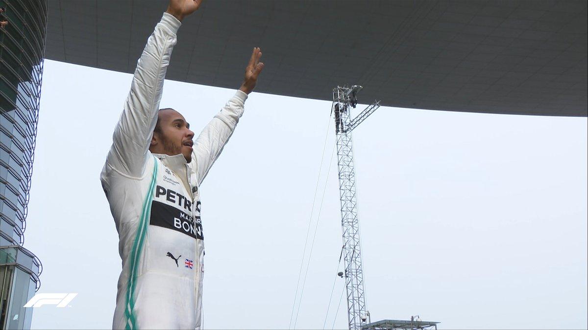 Χάμιλτον: «Εξαιρετικό το 1-2 στο 1000ο Grand Prix»
