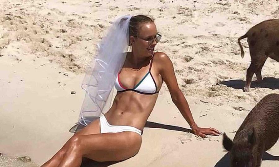 Πάρτι στις Μπαχάμες πριν το γάμο με πρώην ΝΒΑερ για την Καρολίν Βοζνιάκι (pics)