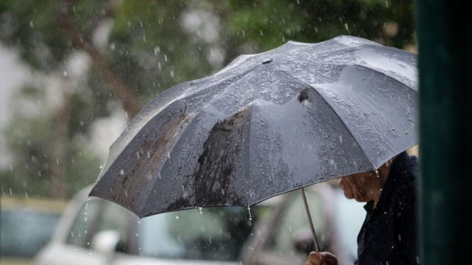 Καιρός: Συνεχίζει να είναι άστατος με βροχές και καταιγίδες