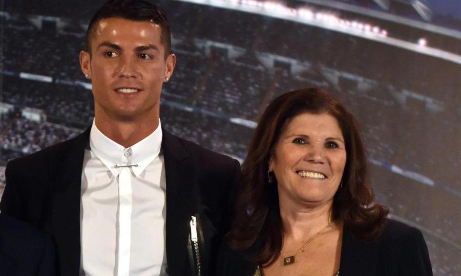 Ρονάλντο στη μητέρα του: «Δεν κάνω θαύματα»
