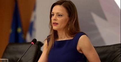 Αχτσιόγλου: Προ των πυλών το νομοσχέδιο για τις 120 δόσεις στα ταμεία