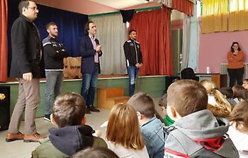 Επίσκεψη του ΟΦΗ στο Δημοτικό Σχολείο Μοχού (video)