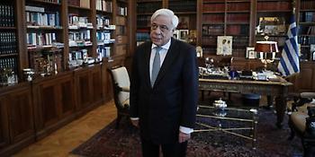 Παυλόπουλος: Είναι χρέος μας να υπερασπιστούμε τη Δημοκρατία, στην Ελλάδα και την ΕΕ