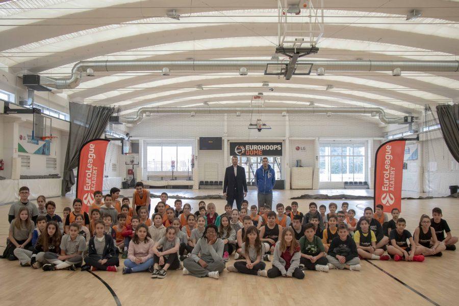 Η EuroLeague Academy παίζει μπάσκετ στο Eurohoops Dome! (pics)