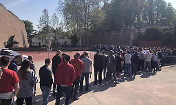Πανικός για ένα εισιτήριο από τους οπαδούς του Ερυθρού Αστέρα! (pics/video)