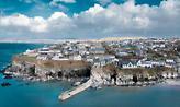 Μια ανάσα απ' την Αθήνα: 4 ελληνικά νησιά ιδανικά για τις διακοπές του Πάσχα