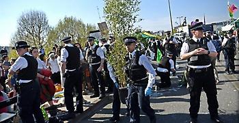 Τερματίζονται οι καταλήψεις από περιβαλλοντικούς ακτιβιστές στο Λονδίνο