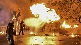 Επεισόδια στα Εξάρχεια με βόμβες μολότοφ κατά αστυνομικών
