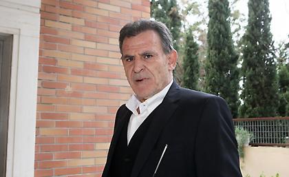 Πανόπουλος: «Δεν γίνεται να μην είναι χαρούμενος ο Σαββίδης. Έχει… καρύδια ο Λουτσέσκου»